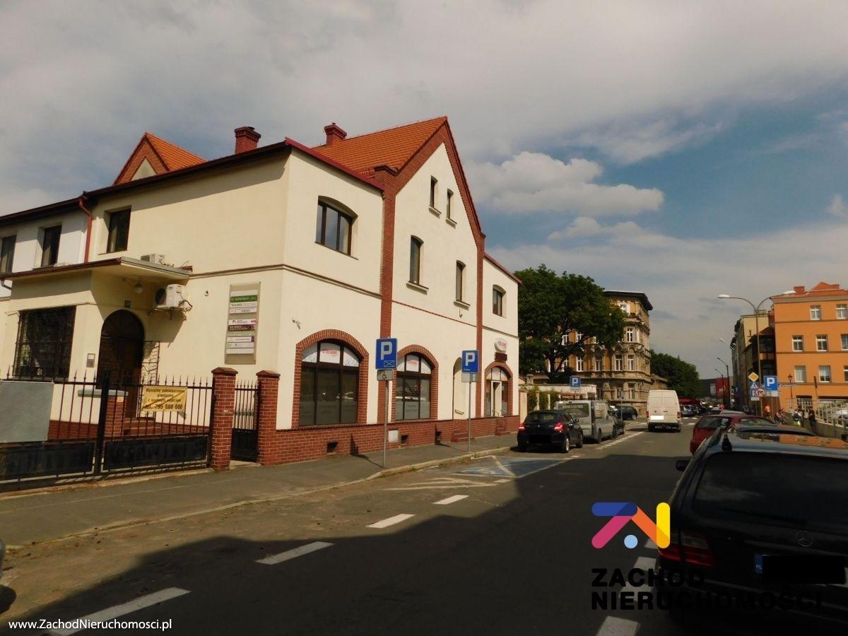 Nieruchomości Świdnica - Umeblowany lokal biurowy w świetnej lokalizacji-Świdnica