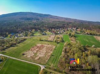 Malowniczo położona działka w Sulistrowiczkach.
