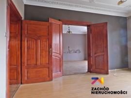 Przestronne i eleganckie mieszkanie blisko rynku.