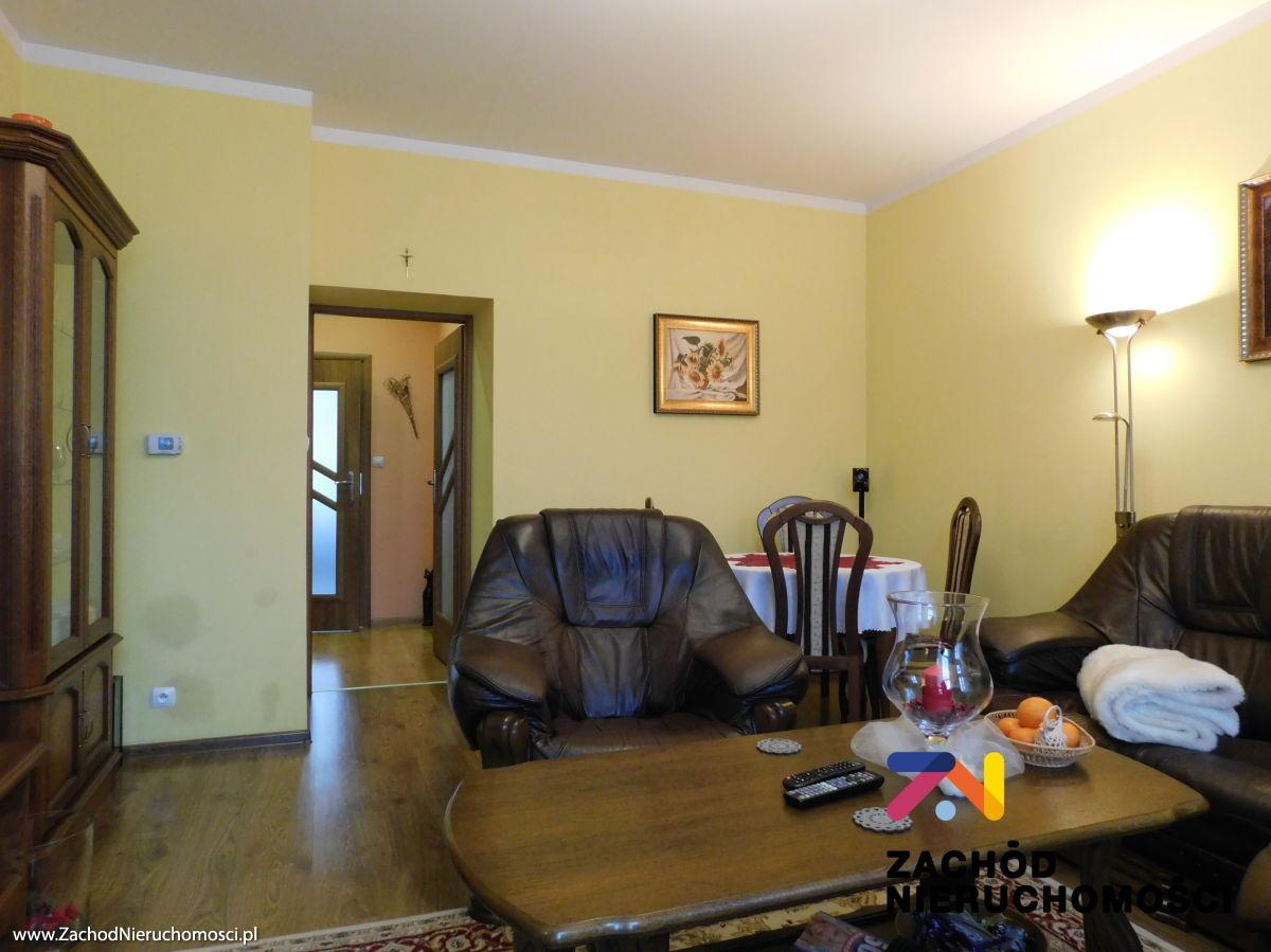 Nieruchomości Świdnica - Rozkładowe mieszkanie w centrum Świebodzic